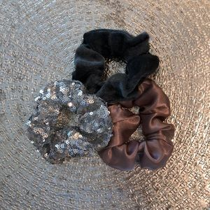 Accessories - Fashion Scrunchie Trio
